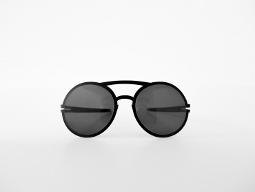 brille-sonnenbrille-glasses-black-n-raw-theomoeller-1